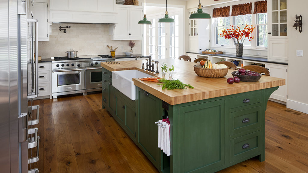 6 kitchen island ideas for the middle of your dream for Kitchen ideas real estate