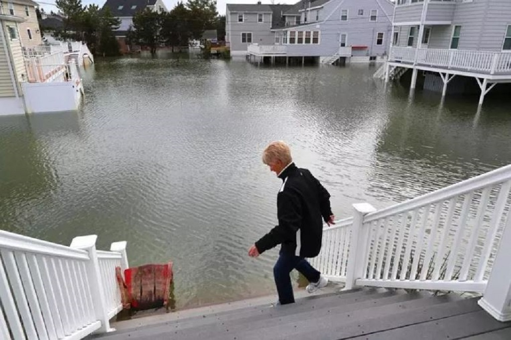 Report: 62,000 Mass. homes could face chronic flooding by 2060