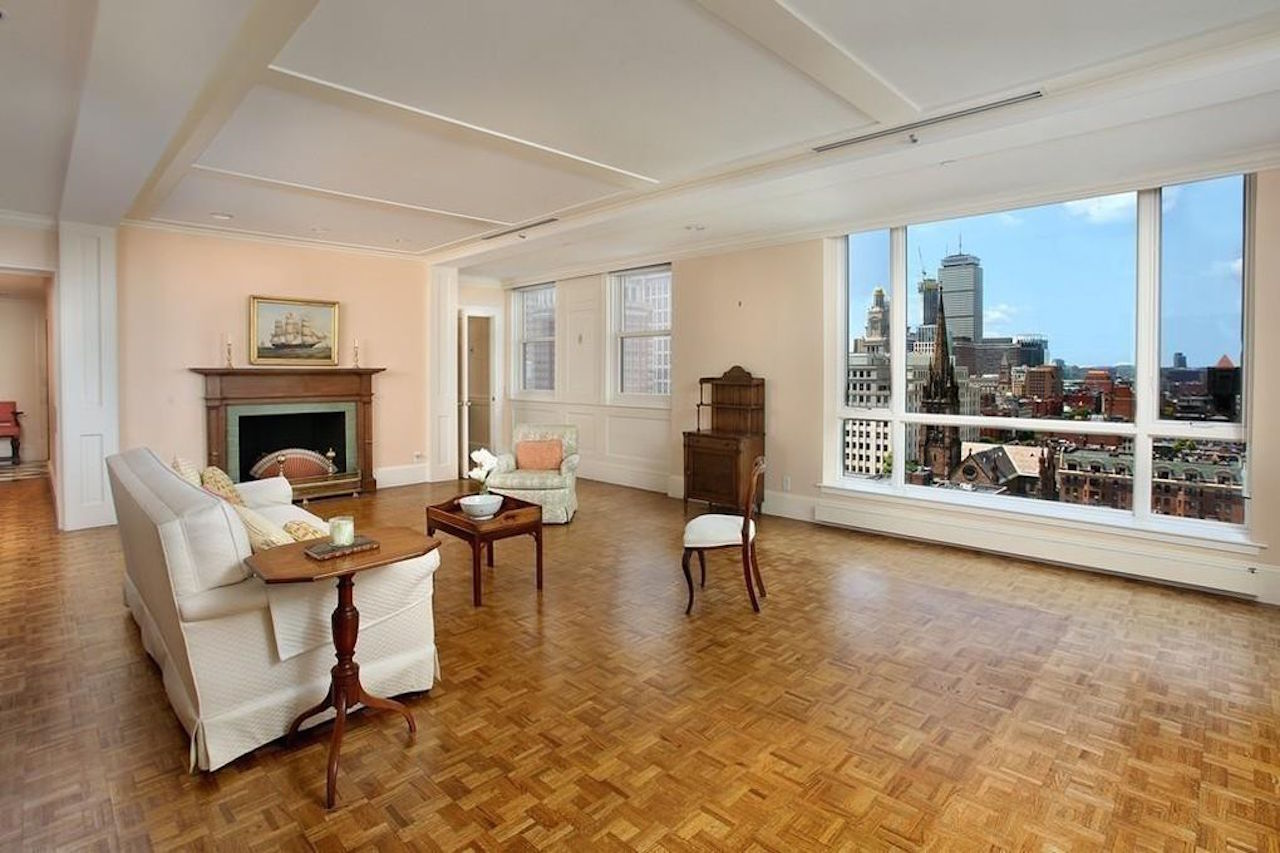 A $7,682,000 home across from the Public Garden is this week's biggest sale