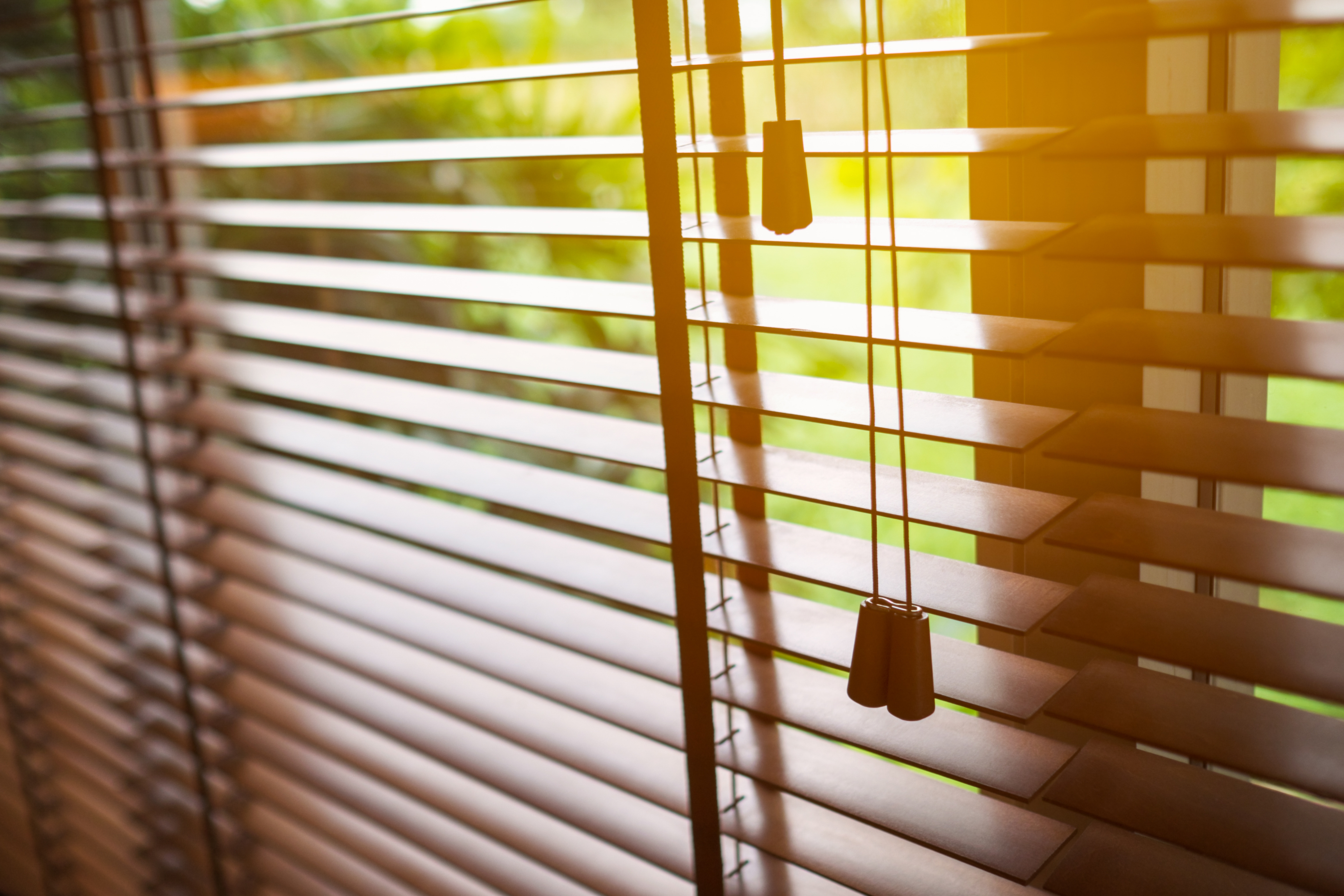Citing danger to children, industry to limit sales of blinds with long cords