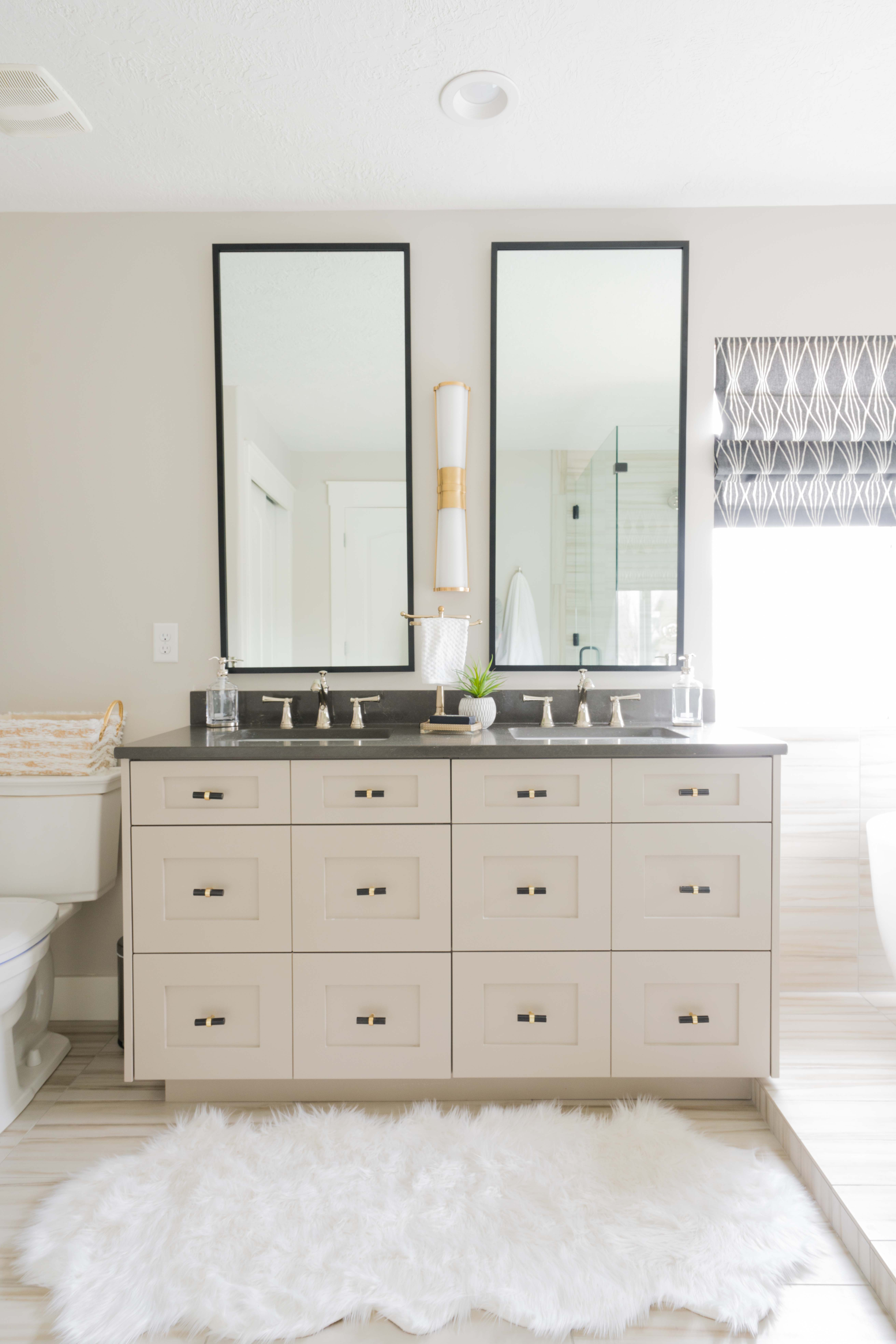 How to decorate with mirrors so your home doesn't look like a fun house