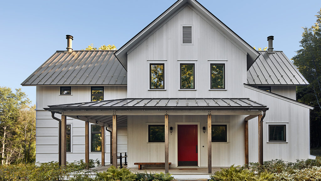 Conn. Farmhouse Brings Urbane Style To Rustic Setting